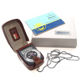 GOSSEN LUNASIX EPOSURE LIGHT METER MANUAL CASE NICE NR