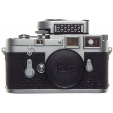 LEICA M3 Chrome JUST SERVICED 35mm rangefinder camera body 35mm film metered cap