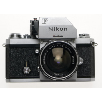 NIKON F CHROME BODY NIKKOR-S AUTO 1:2.8 f=35mm SLR PHOTOMIC FINDER FILM CAMERA