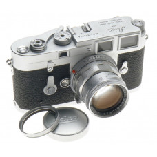 JUST SERVICED LEICA M3 EXCELLENT 35mm CAMERA WITH SUMMICRON 1:2/50mm SUPER CLEAN