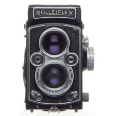 ROLLEIFLEX TLR Zeiss Tessar 1:3.5/75 twin lens reflex camera f=75mm coated lens