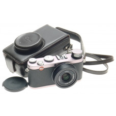 LEICA 18420 STEEL GREY X1 DIGITAL CAMERA KIT WITH CASE STRAP MINIMAL ACTUATIONS