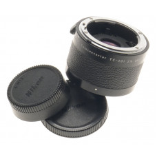 AI-S NIKON 2x TELECONVERTER TC-201 FITS NEW DF SLR DIGITAL CAMERA MINT WITH CAPS