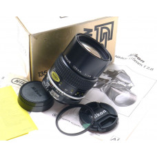 NIKKOR F BOXED SLR CAMERA LENS 135mm f2.8 CAPS FILTER NIKON MINT- 1:2.8 f=135mm