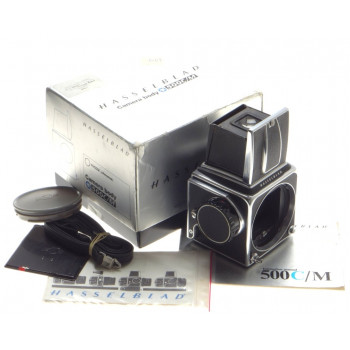 BOXED 500 C/M HASSELBLAD MEDIUM FORMAT CAMERA BODY STRAP WAIST LEVEL FINDER CAPS