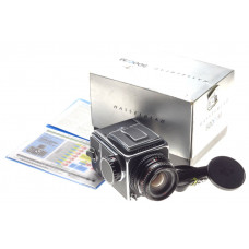 Spectacular Hasselblad 500C/M chrome vintage film camera Zeiss Planar 1:2.8/80mm