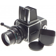 HASSELBLAD 500 C/M MEDIUM FORMAT FILM CAMERA BLACK ZEISS SONNAR 1:4 f=150mm HOOD