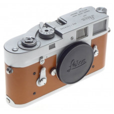 JUST SERVICED LEICA M2 LEITZ 35mm CLASSIC RANGEFINDER FILM CAMERA TAN CAMEL SKIN